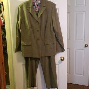 Nice Pantsuit